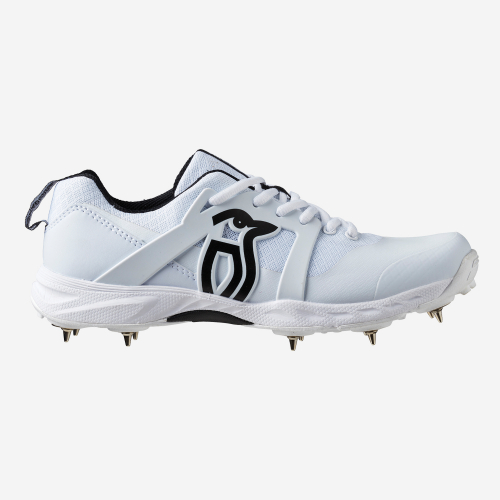 PRO 2000 SPIKE CRICKET SHOES