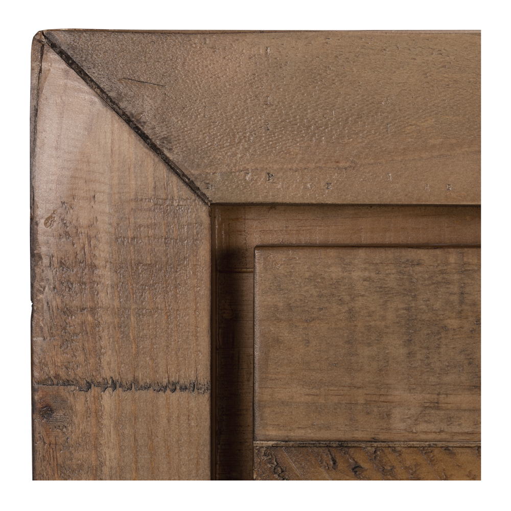 Raglan Dresser